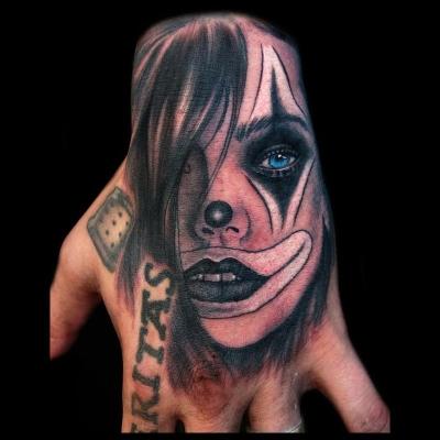 Tatuaje mano Catrina