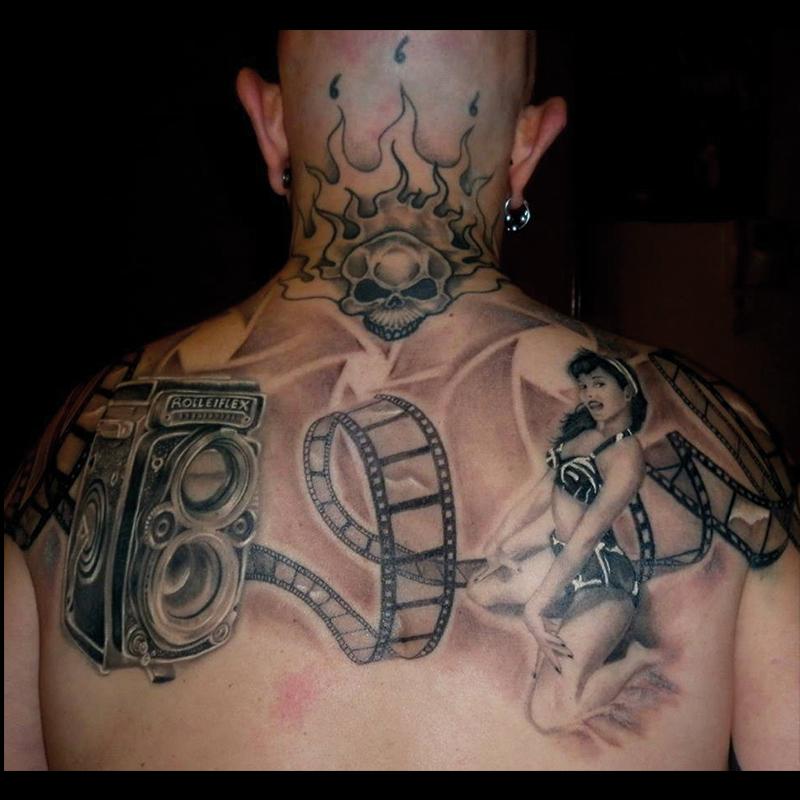 Tatuaj espalda ralismo