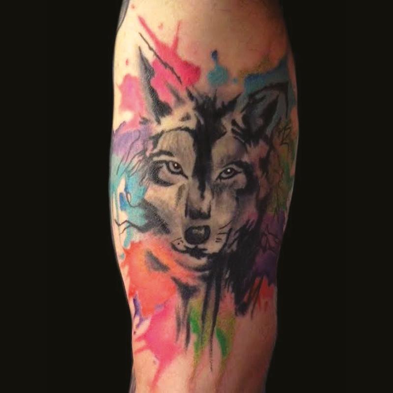 Tatuaje estilo acuarela