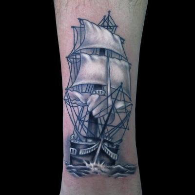 Tatuaje tradicional galeón