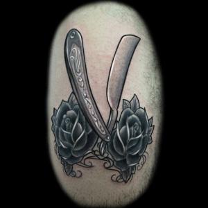 classic-tattoo-navaja