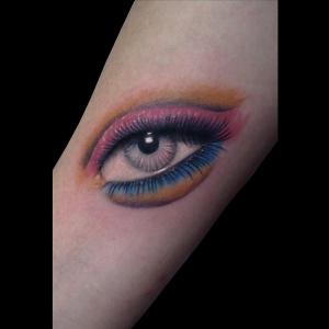 tatuaje-barcelona-ojo-real