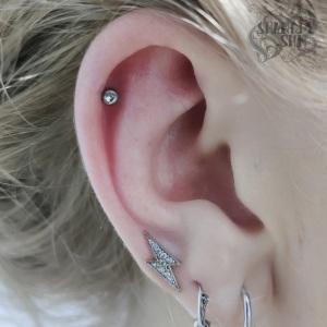 Helix-piercing-7