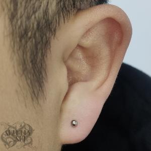 Lobe-piercing-1