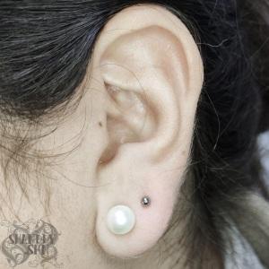 Upper-lobe-piercing-1